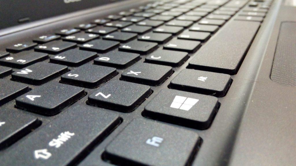 keyboard, laptop, internet-469548.jpg